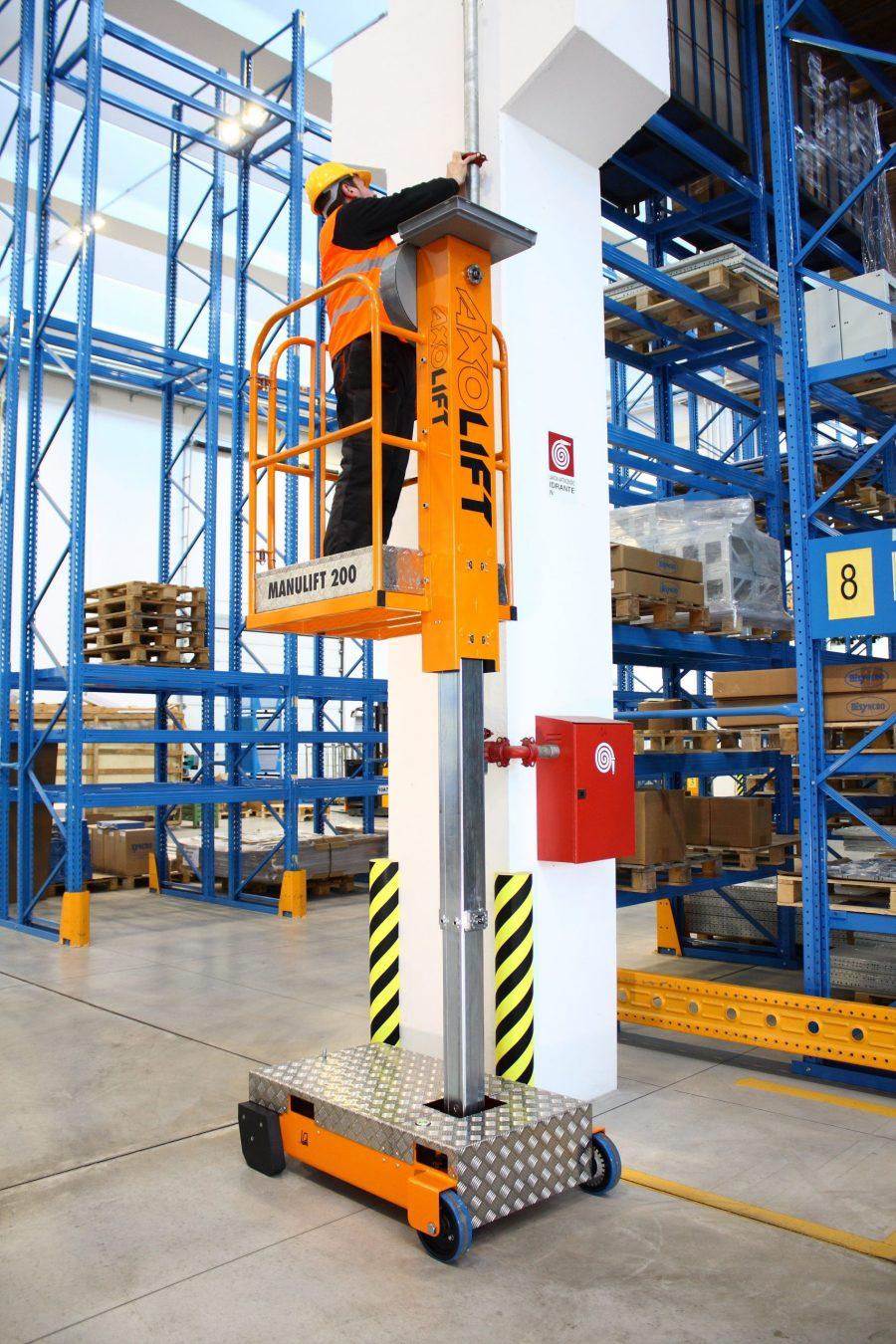 Axolift - Manulift 200-2 donvangorp.nl