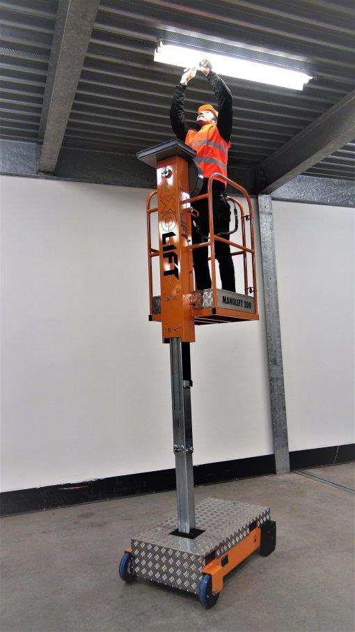 Axolift - Manulift 200-3 donvangorp.nl